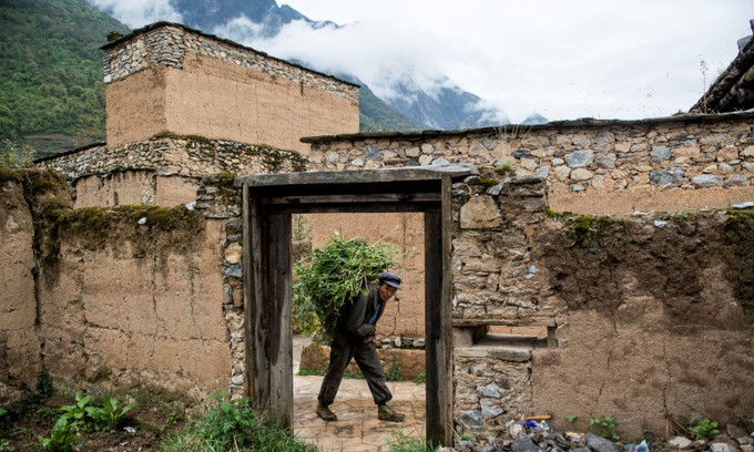 Life among the ruins: Chinese village 10 years after quake