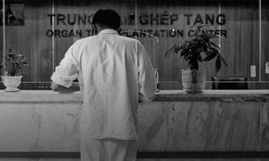 For kidney patients in Vietnam, it is either hemodialysis or organ black market