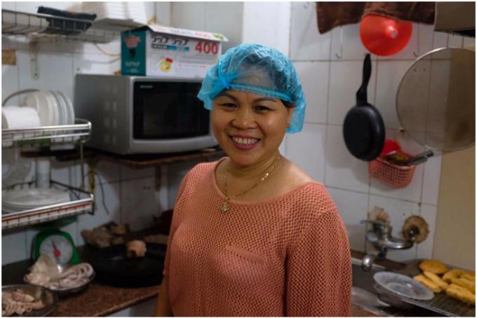 Dang Thi Huong, owner of Trung Huong diner.