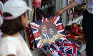 Paparazzi scandal pitches Britain's royal wedding into crisis