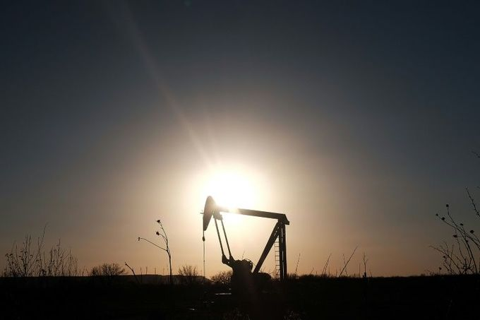 Asian energy firms soar with oil prices, dealers eye trade talks