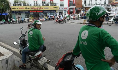 Vietnam starts antitrust investigation into Uber-Grab deal
