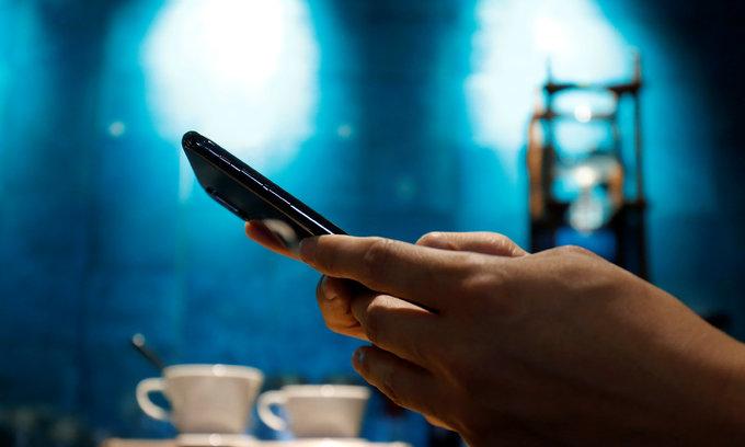 Vietnam plans etiquette code for social media users