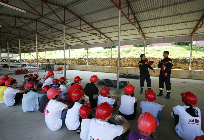 For short courses, children will be chiefly taught with fire and rescue drills while those taking part in one-week-long courses can learn more other skills such as drowning prevention, first aid for minor injuries, and ways to survive in jungle.