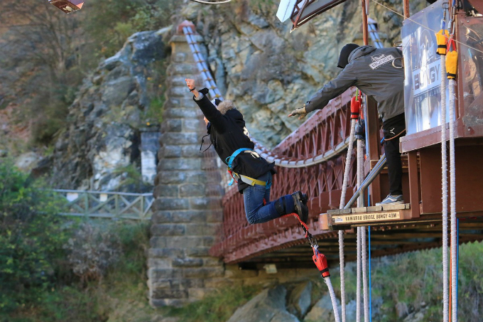 From overcoming fear to having best time of his life, Vietnamese traveler shares thoughts after first time bungee jump  - 2