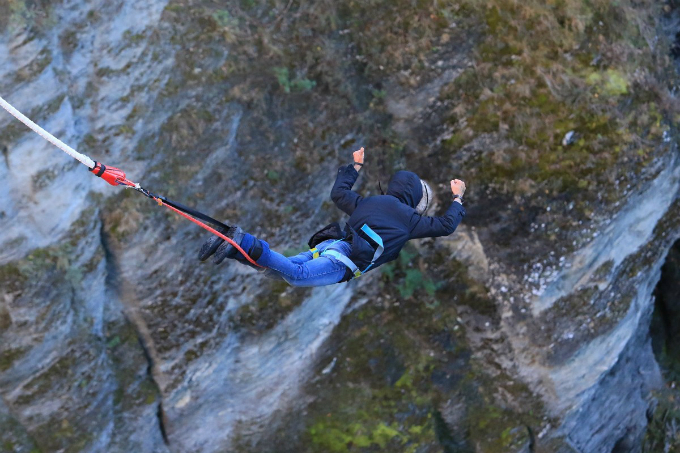 From overcoming fear to having best time of his life, Vietnamese traveler shares thoughts after first time bungee jump  - 4