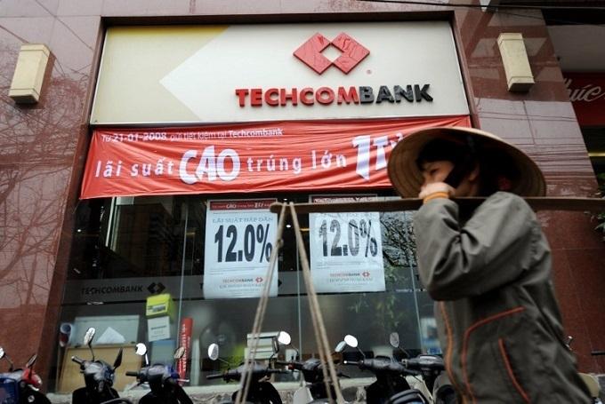 Vietnam's Techcombank readies for market debut after raising $922 mln