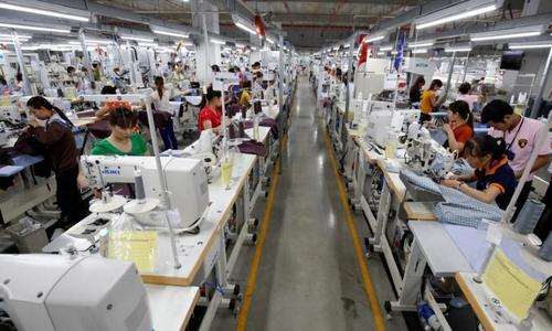 Vietnamese lawmakers warn against undue dependence on overseas investors
