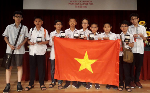 Vietnamese students bag 6 gold medals at Asia Pacific maths contest