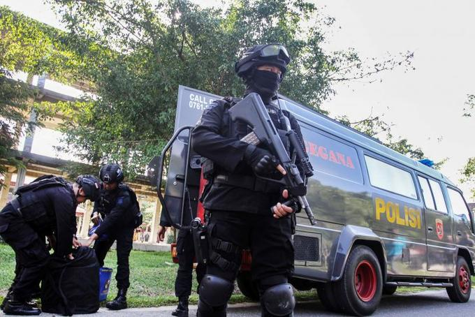 Indonesian police detain three over suspected plot to attack assembly