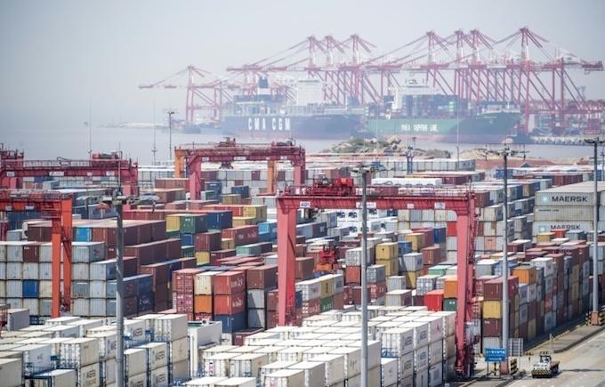 China lowers tariffs, rejects US trade war escalation