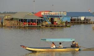 The Cambodian village on stilts