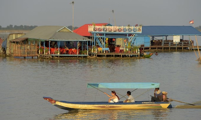 The Cambodian village on stilts