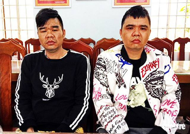 Xie Jing Ping (L), 39, and Xie Ying Po, 42, were arrested in Nha Trang City on Sunday. Photo courtesy of Khanh Hoa police