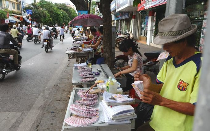 Numbers tilt in favor of traditional lottery firms in southern Vietnam