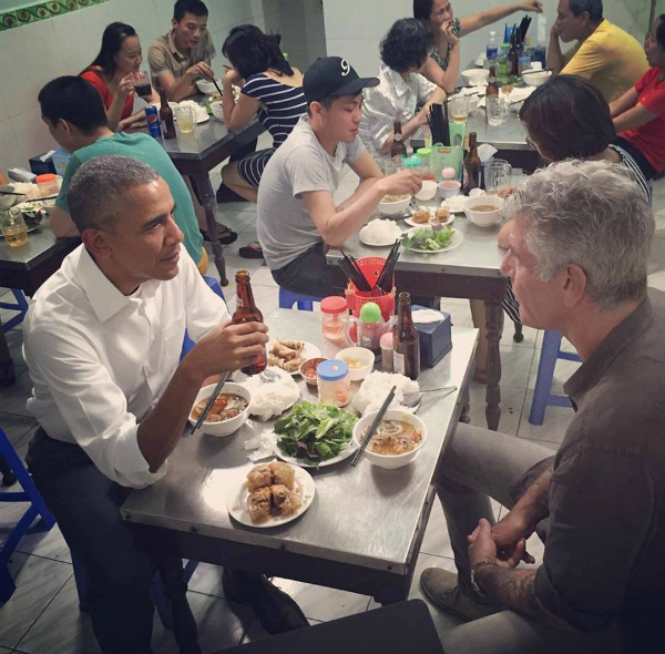 A photo on Anthony Bourdains Instagram shows him and Obama at the bun cha eatery in Hanoi.