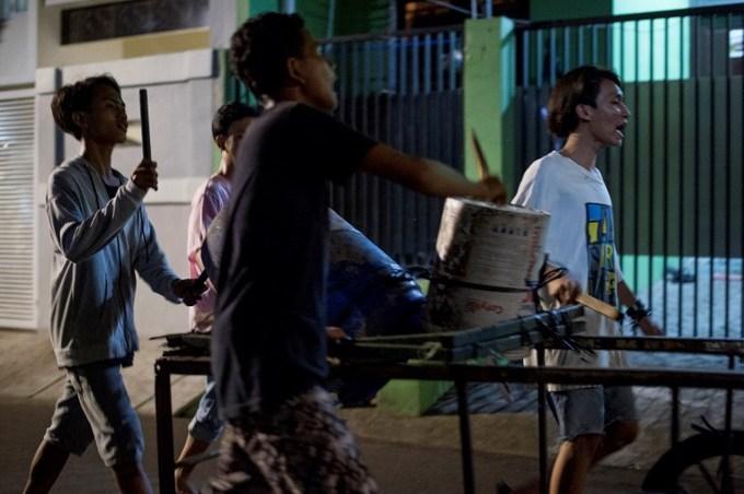 Waking up the neighbors: Indonesia's Ramadan alarm clocks