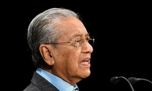 Malaysia PM urges TPP 'renegotiation'