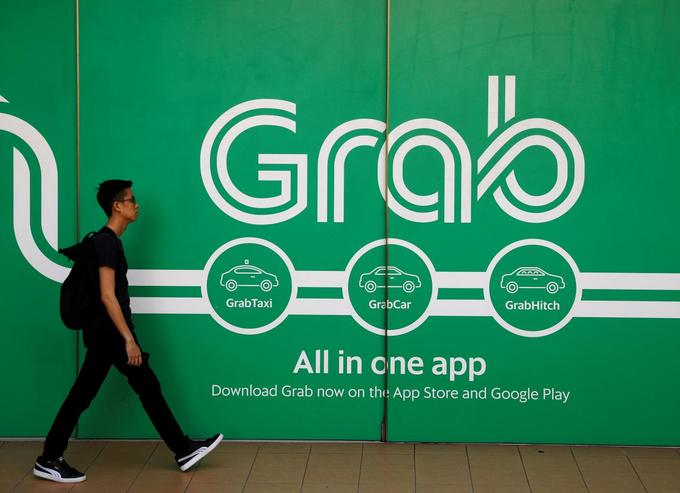 Toyota Motor to invest $1 billion in ride-hailing firm Grab