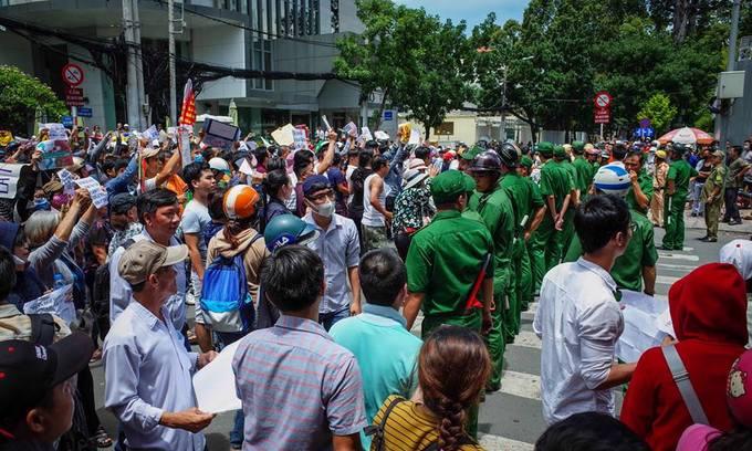 Police crack down on protest instigators in Vietnam