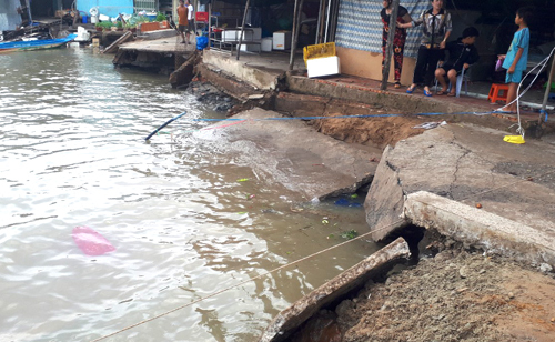 Households evacuated in Vietnam's Mekong Delta amid rising erosion risk