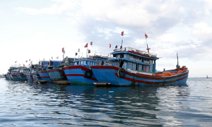 Chinese boats refuse to help Vietnamese boats in distress