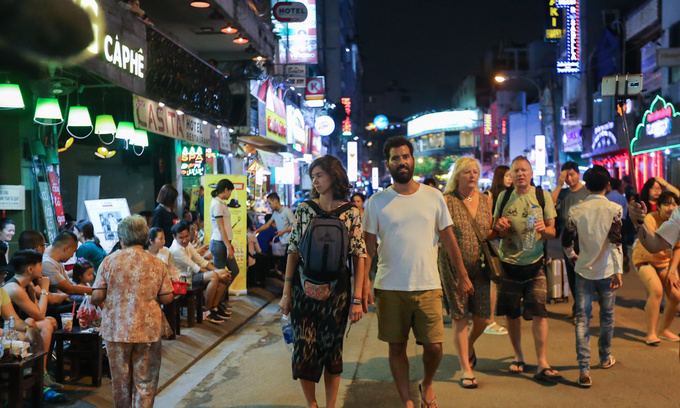 Spending boom as foreign tourists linger longer in Saigon
