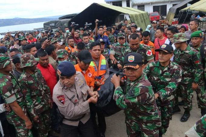 Indonesia lists 180 missing on doomed ferry, launches underwater search