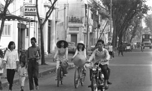 Saigon in the 60s: a black and white portrayal