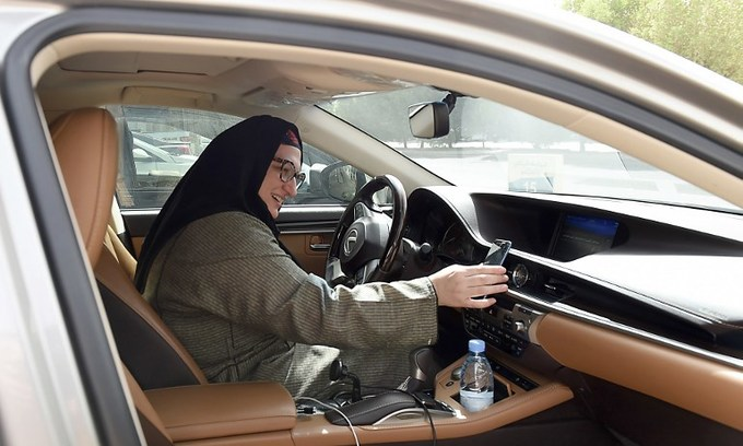 'Because I can': ride-hailing app welcomes Saudi women driver