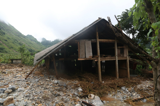 Ha Giang picks up the pieces after floods and landslides - 5