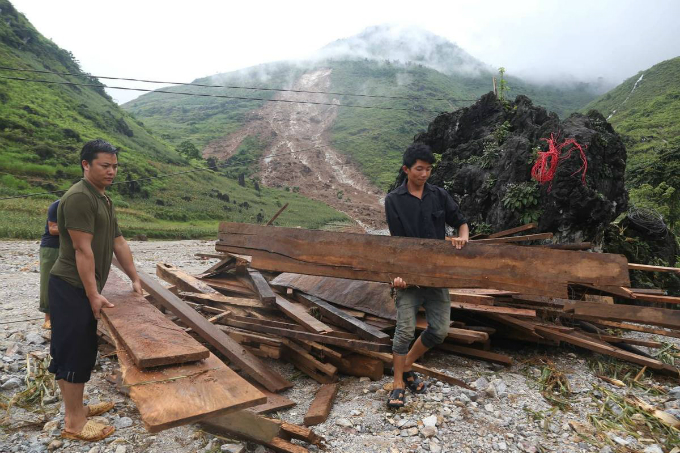 Ha Giang picks up the pieces after floods and landslides - 7