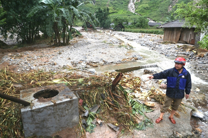 Ha Giang picks up the pieces after  floods and landslides - 3