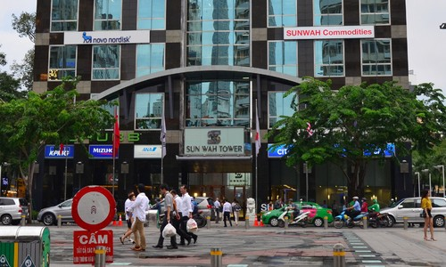 Japan's Nomura invests in HCMC's Sun Wah Tower