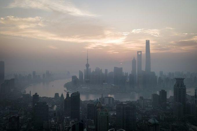 US trade war upends China's economic balancing act