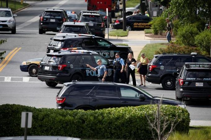 Gunman kills at least five, injures others in Maryland newsroom