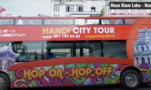 Hanoi double-decker buses to charge lower, run longer