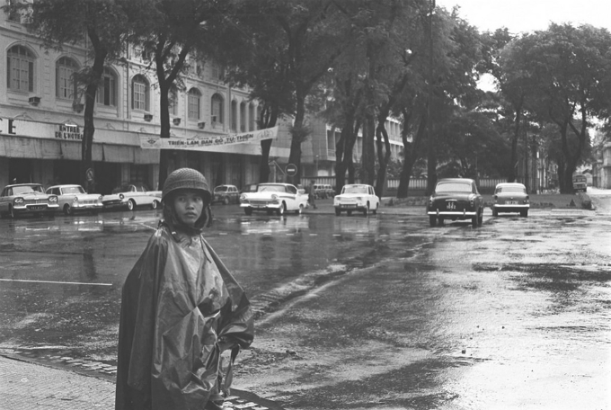 Saigon in the 60s: a black and white portrayal - 2