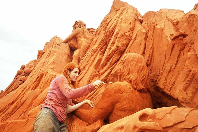 Vietnams first sand statue park tells stories - 2