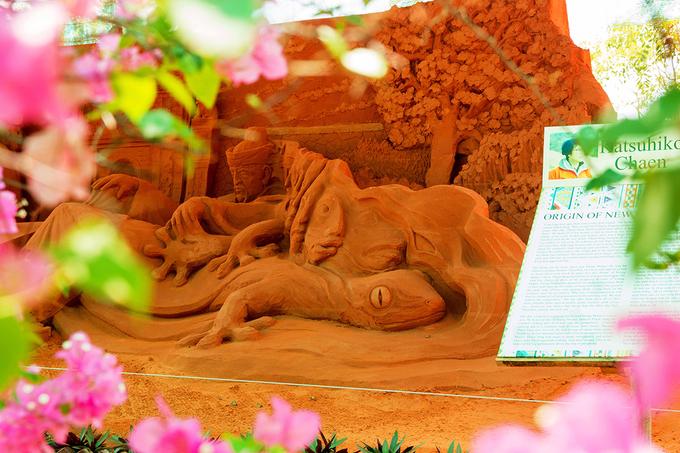 Vietnams first sand statue park tells stories - 3