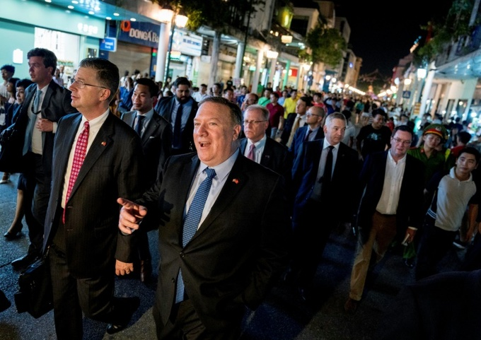 Pompeo preaches prosperity to North Korea, via Vietnam