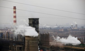 China jails hundreds of officials for pollution violations