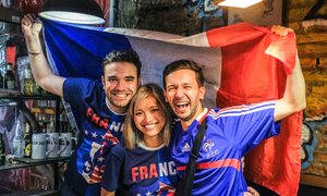 Foreign fans imbibe World Cup spirit in Hanoi