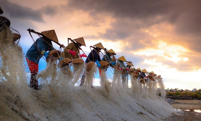 Vietnam stands to lose from trade war between big powers
