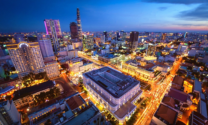An overview of Saigon by night. Photo by VnExpress