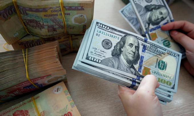 Central bank intervenes to check currency fall