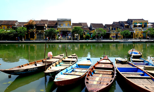 Vietnam's 400-year-old town rated among world's 15 best tourism cities