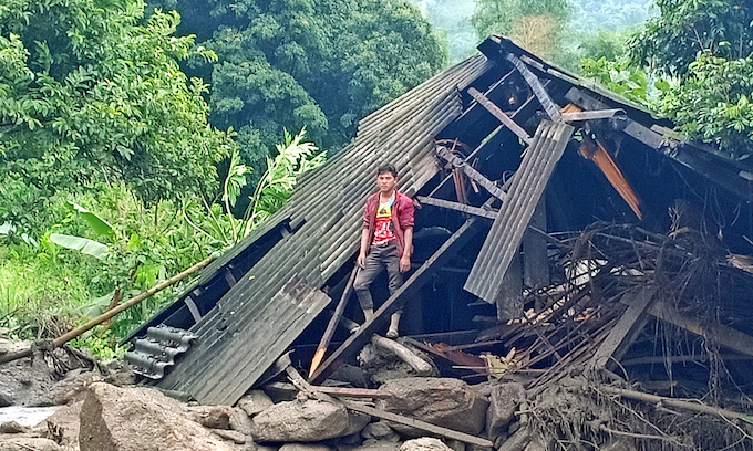 20 dead, 16 missing as flash floods hit northern, central Vietnam