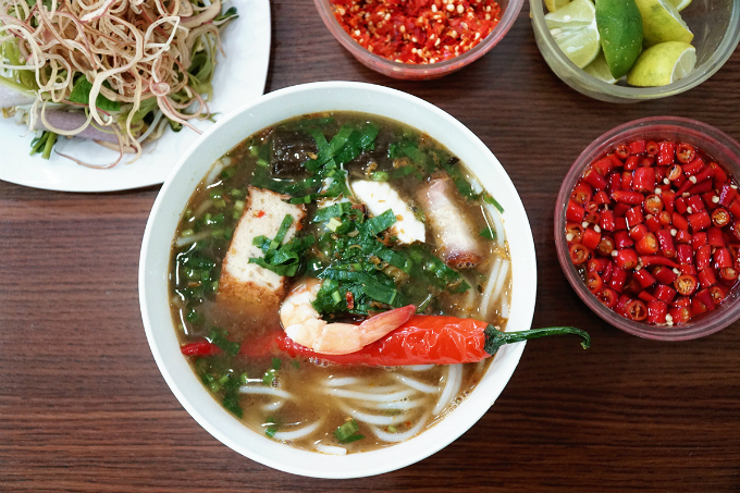 Fishy noodle soup stall going strong, 20 years on - 6