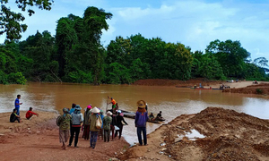 Lao dam collapse hits Vietnamese firms